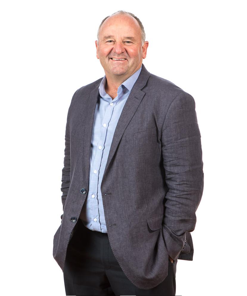 Alex Reid business consultant